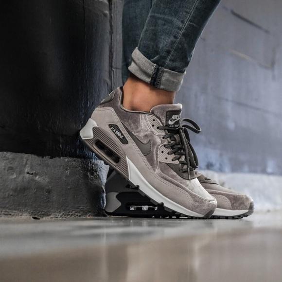 f9d032a785 Nike Shoes | Brand New Air Max 90 Lx Gunsmoke | Poshmark